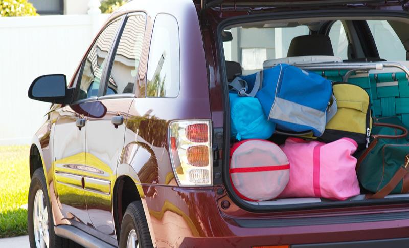 Autoescuelaclase, autoescuela valencia, practicasbratas ¿Te vas de vacaciones este verano? Te damos unos consejos para cargar el coche correctamente., neumaticos