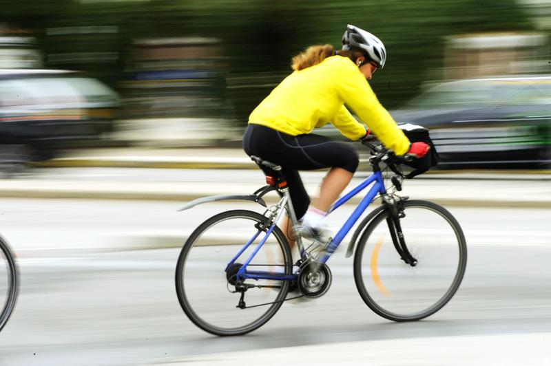 ciclista-en-ciudad