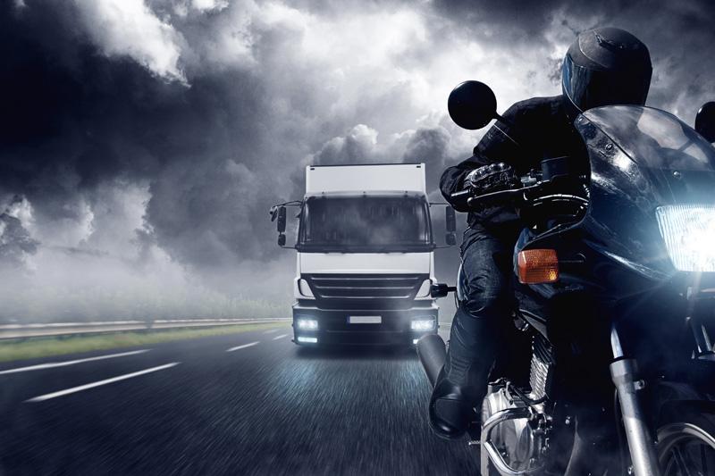 moto-mal-tiempo