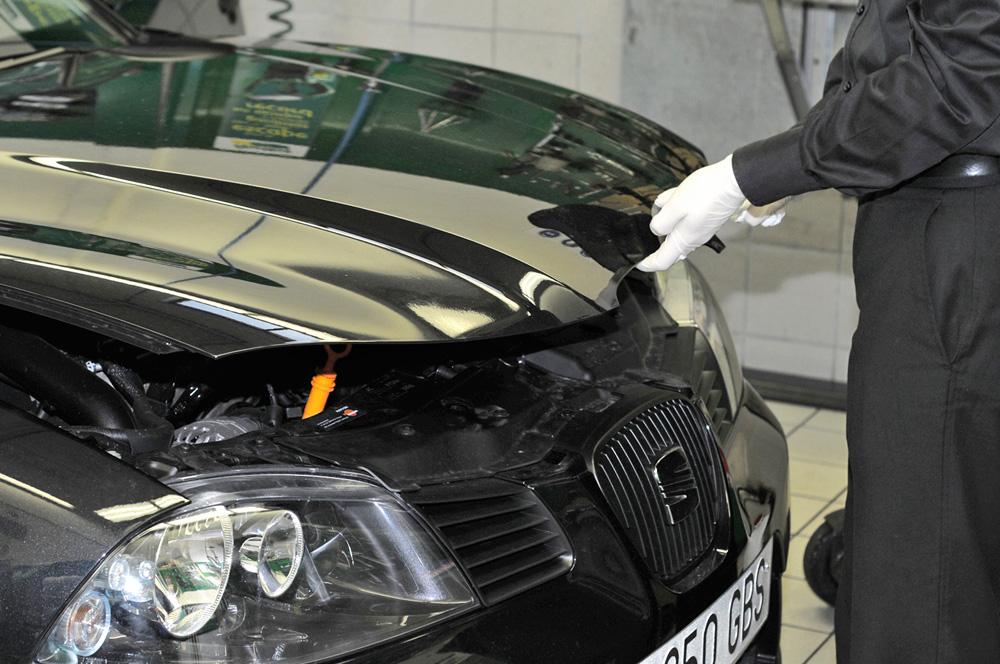 mantenimiento de vehículo