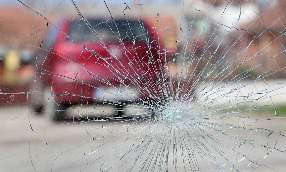 Rotura de parabrisas coche