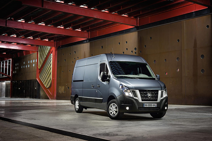2015-nissan-nv400-adds-new-engines-tech-photo-gallery_1
