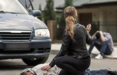 accidente coche peaton calle