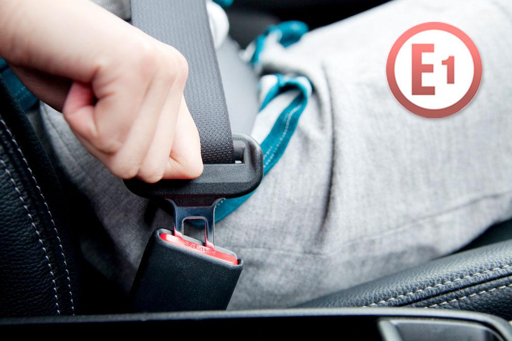 """Capitular """"E"""" dentro de un círculo en tu coche"""