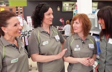 Feu-Vert-Mujeres-directora-sus-autocentros-en-el-8-de-marzo-2