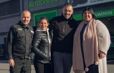 El equipo de Feu Vert Cádiz dona el premio logrado en el I Concurso de Cortometrajes de Navidad a la Asociación Las Desamparadas