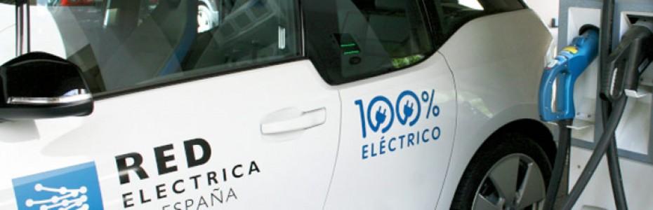 ¿Por qué vehículos y motocicletas eléctricas emiten, de media, 108 gramos de CO2?