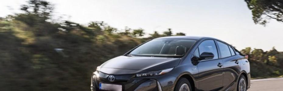 Madrid, Tarrasa y Barcelona, las ciudades con más coches híbridos y eléctricos