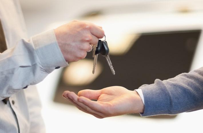 ¿Tienes que llevar el coche al taller? Feu Vert pone en marcha un servicio de recogida y entrega a domicilio