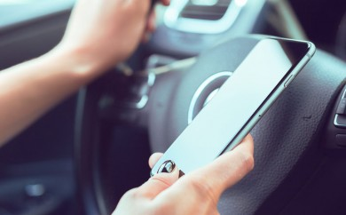 El 83% de los conductores españoles que incumplen las normas de tráfico tampoco respetan las recomendaciones sanitarias por la covid-19